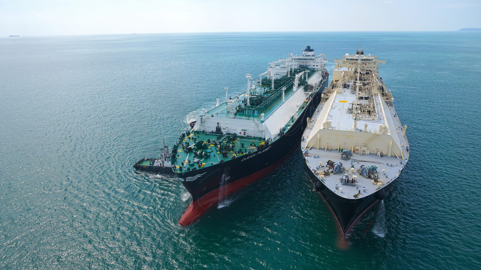 We offer full-service provision of LNG and LPG ship-to-ship transfers  including the commissioning, training, and deployment of mooring masters  and transfer ...